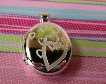 Kelly Multi Heart Locket