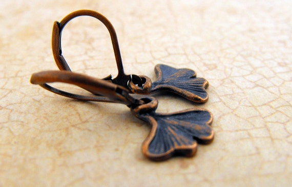 Petite Ginko Leaf Short Earring, Leaf Earring, Gift for Nature Lover, Gift for Her, Under 10