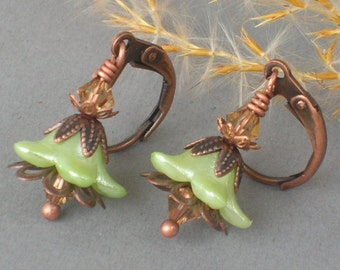 FIONA ... Vintage Style Earrings ... with green flower beads and antique copper