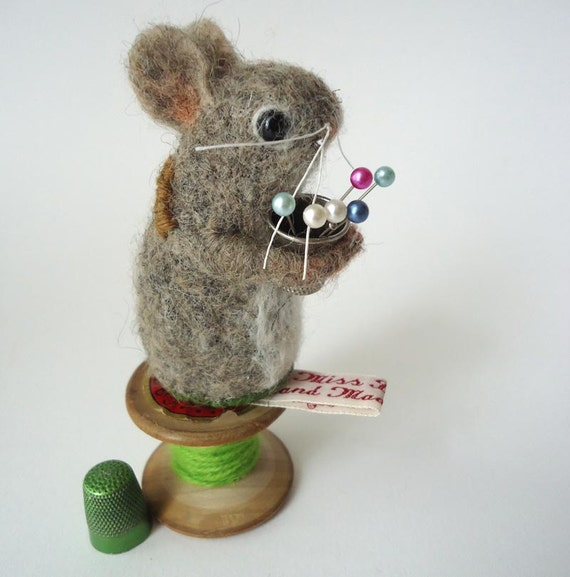 Needle Felted  Mouse Pin Cushion with Vintage Thimble  Handmade By Miss Bumbles