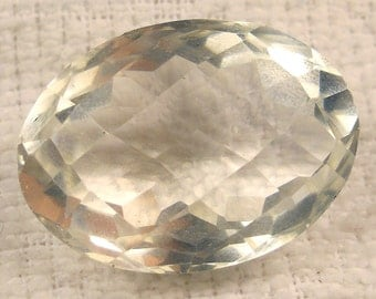 40 carat   faceted checkerboard cut quartz crystal gemstone ... 25 x 20 X 14 MM