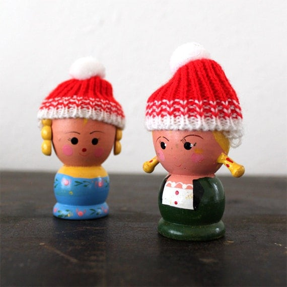 SALE - Vintage Egg Cup Girls with Knitted Hats