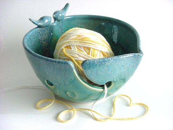 Loveable Lovebird Yarn Bowl, Handmade stoneware pottery, yh448n