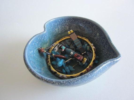 Heart Bowl, Jewelry bowl, Heart serving bowl, Blue heart, Handmade pottery
