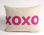 XOXO 14x18inch recycled felt applique pillow - oatmeal and fuchsia
