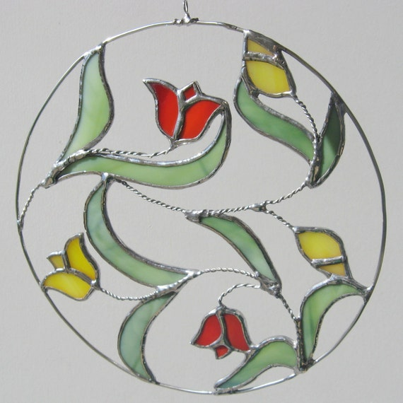 Spring Tulips Stained Glass and Wire Suncatcher in a Circle
