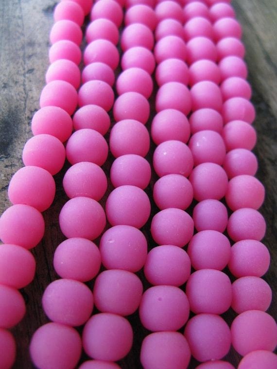 PINK - Resin - Round - Funky - Ball - Full strand -  11 mm