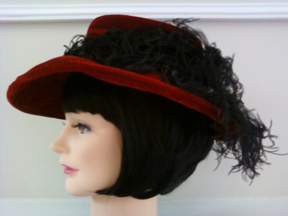 Beautiful Vintage Red Hat Feather