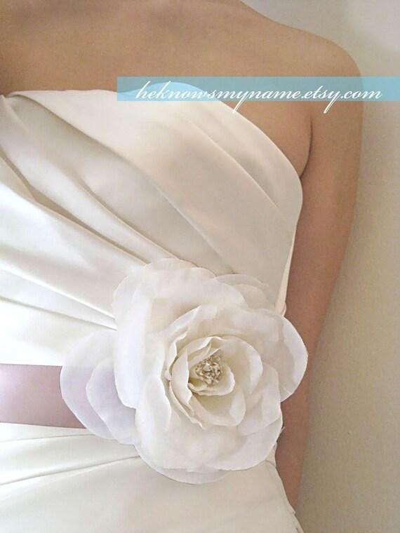 Garden Rose Bridal Sash - bridal corsage, ribbon belt, dress sash, white flower, ivory flower