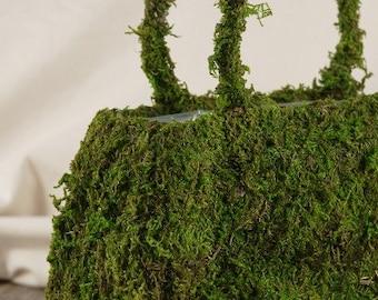 Moss Purse Basket with plastic Liner-Hand bag-Medium moss Purse-Wedding centerpiece-preserved moss hand bag