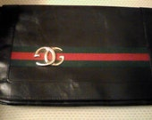 Leather Gucci desgined  Purse
