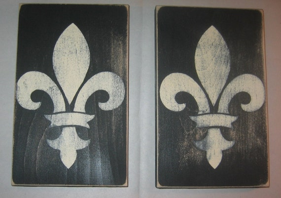 Set of Two French Country Cottage Fleur de lis