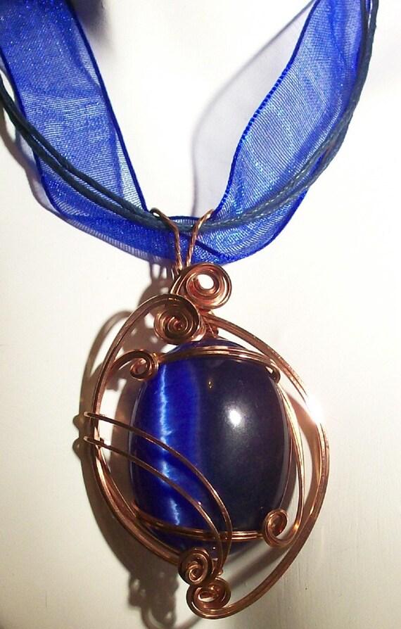 Royal Blue Fiber Optic Cats Eye Pendant and earrings