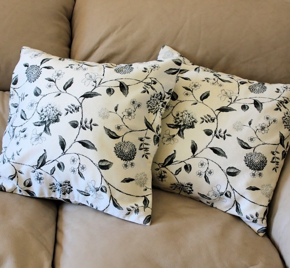 SET of TWO 18 inch Decorator Pillow - Nassau Vine Toile by Williamsburg, Ivory and Black Leaves and Flowers