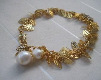 Leaf Bracelet, Gold Plated Leaves Bracelet, White Freshwater Pearls