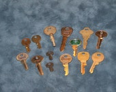 Keys for projects, altered art, assemblage, jewlery or steampunk. Phillips head screwdriver key