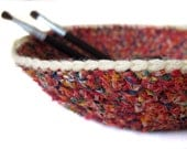 Crochet Nesting Bowls / Home Decor / Storage / Organization / Fiesta Red Cream Multicolor / Handmade