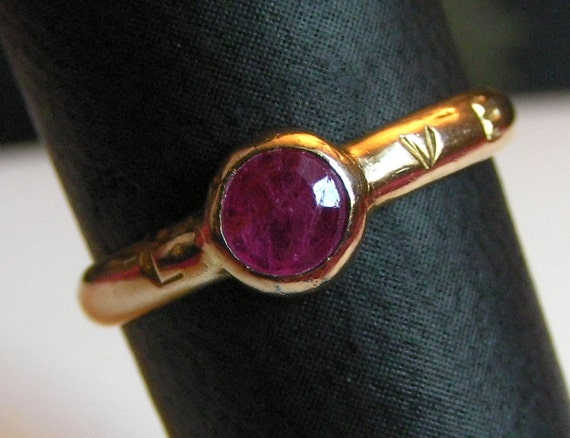 SALE solid 14k Gold & Ruby Slave To Love Ring