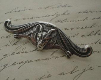 Gothic bat brooch - Dark Vampire dracula -