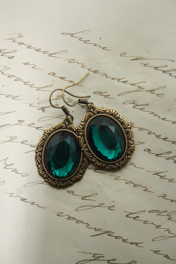 Beautiful emerald green  earrings
