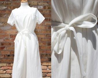Vintage White Mod Tie Dress
