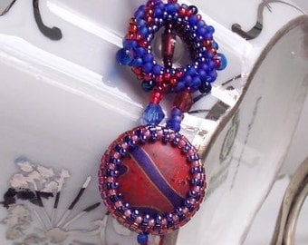 Funky Hand Beaded Bracelet in Red and Purple
