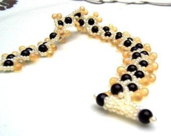 Bracelet Beaded, Giraffe Pattern Inspired