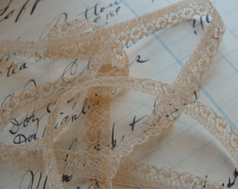 2 Yards Creamy Dreamy Exquisite Antique French  Lace