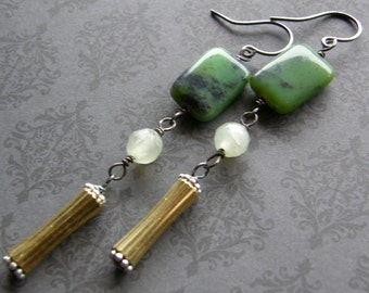 Green  Earrings, Chrysoprase Earrings, Chinese Chrysoprase and Vintage Gold Drop Earrings