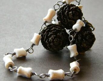 Shell Bracelet, Bridal Jewelry, Dainty Cream and White Bracelet