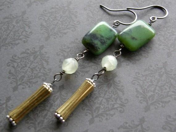 Green  Earrings, Chrysoprase Earrings, Chinese Chrysoprase and Vintage Gold Drop Earrings