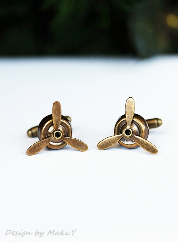 Airplane PROPELLER Cuff Links-Aviator,Antique Brass ,wedding,groom gift,brothers,father's day,Steampunk,Handmade by Maki Y design
