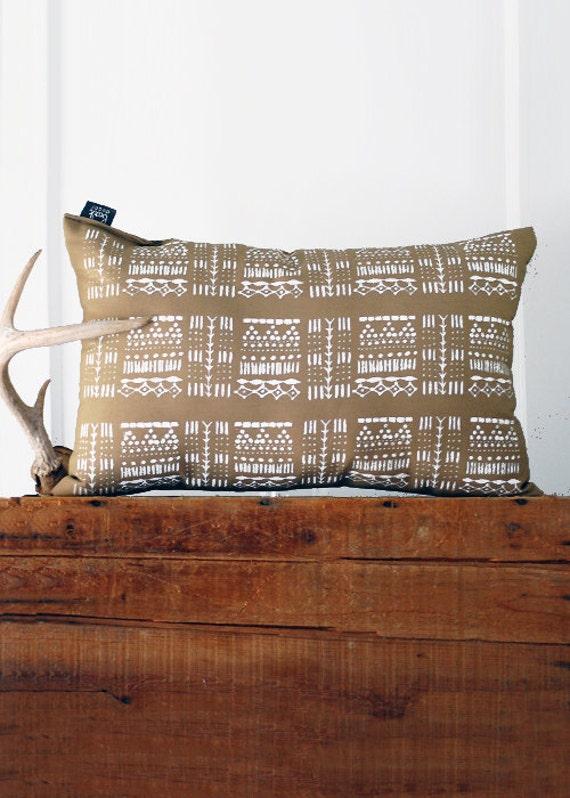 Giza Pillow  -  Hand Printed Pillow - Modern Print - 12x18 - by Simka Sol