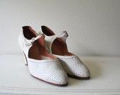 1930s cream leather shoes : Wedding Wish