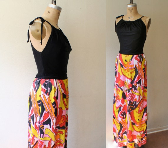 vintage maxi dress / 70s maxi dress / Graphic Print dress