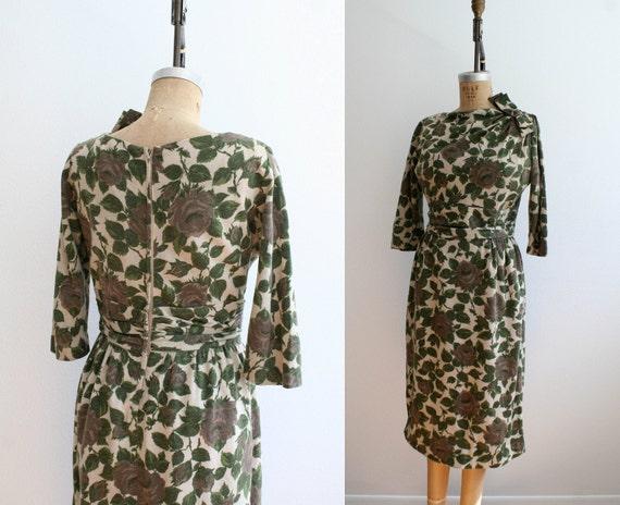 1950s dress : Arbor of Roses
