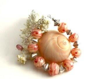 pinky peach Glass Bead Bracelet