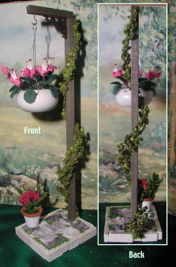 Plant Pole Aged Freestanding With Base Hanging Plant And
