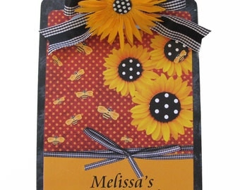 Personalized Clipboard Bumblebees and Daisies