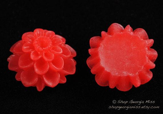 Red Spring Mum Bloom Flower Cabochon 6pcs