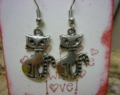 Retro Cat Silver Charm Earrings antique silver kitty cats