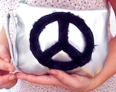 Silver Purse in Faux Leather, Silver Clutch with Faux Fur, Vegan Leather Clutch