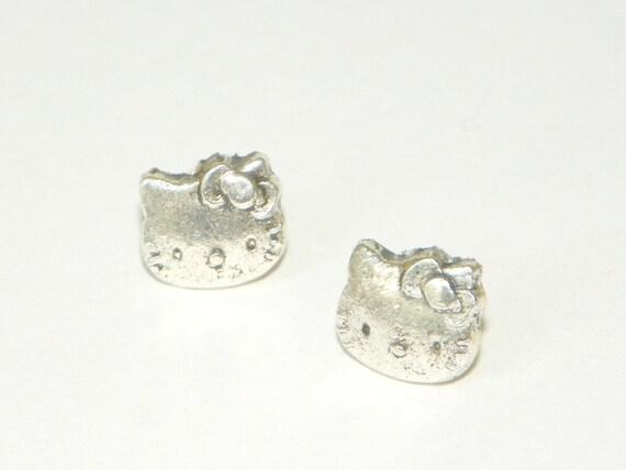 Silver Hello Kitty Post Earrings