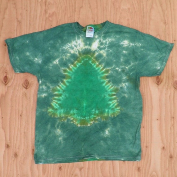 Evergreen Tree Tie Dye T-Shirt (Fruit of the Loom Size M) (One of a Kind)