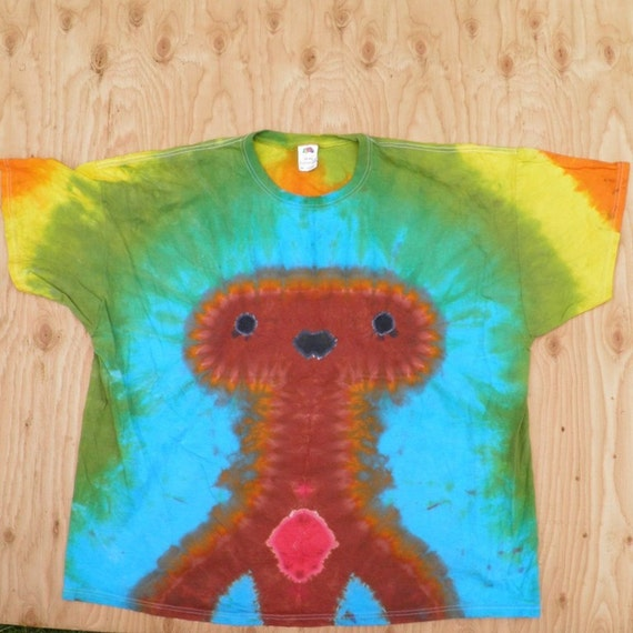 Brown Alien on Blue and Green Background Tie Dye T-Shirt (Fruit of the Loom Size 4XL) (One of a Kind)