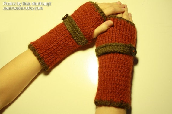 PATTERN - Wrist Warmers with Belt KNITTED version (PDF Data)