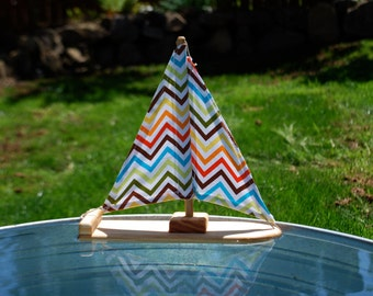 Happy Zigzag Wooden Sailboat Bathtoy