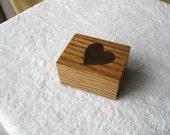 Oak \/ Walnut Heart Box