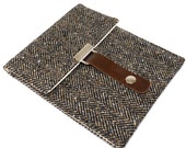 Nook Simple Touch / GlowLight / Kindle Touch case - black and brown herringbone tweed