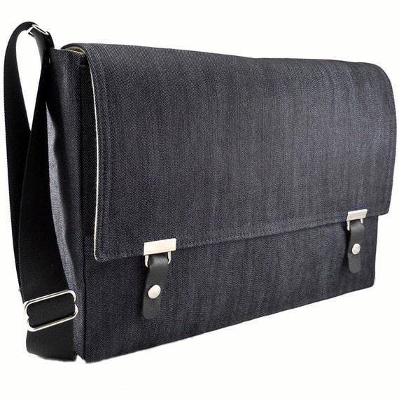"13""  MacBook Pro messenger bag - dark blue denim"